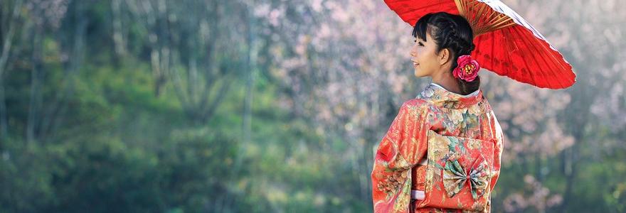 Les bijoux et les vêtements de style coréen